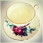 How to make scented candles in a teacup: a step-by-step tutorial