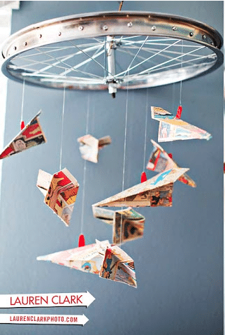 paper plane comic book mobile