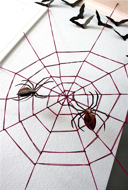 giant yarn spiderweb