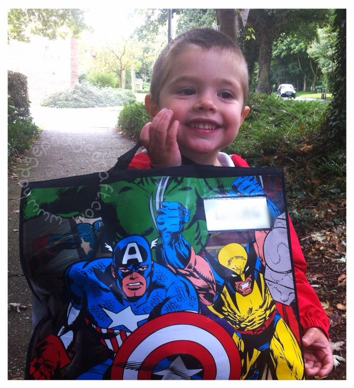 Back to school: DIY (no-sew) comic book bag tutorial