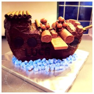 How to make a fantastic, easy peasy chocolate pirate ship cake in just one morning!