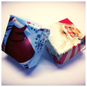 How to recycle old Christmas cards into mini candy boxes for stocking fillers