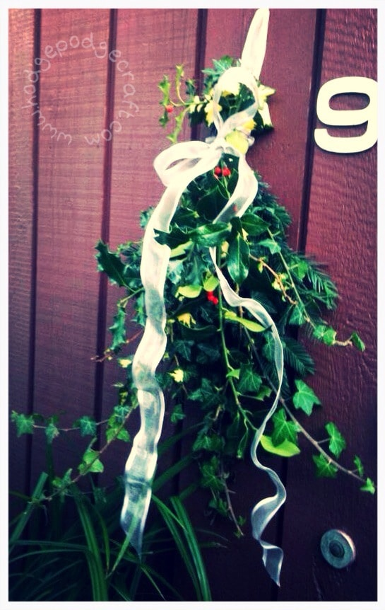 Busy mum's Christmas decor (not a) wreath how-to