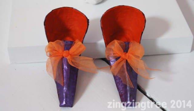 egg-box-fairy-shoes-wth-bows