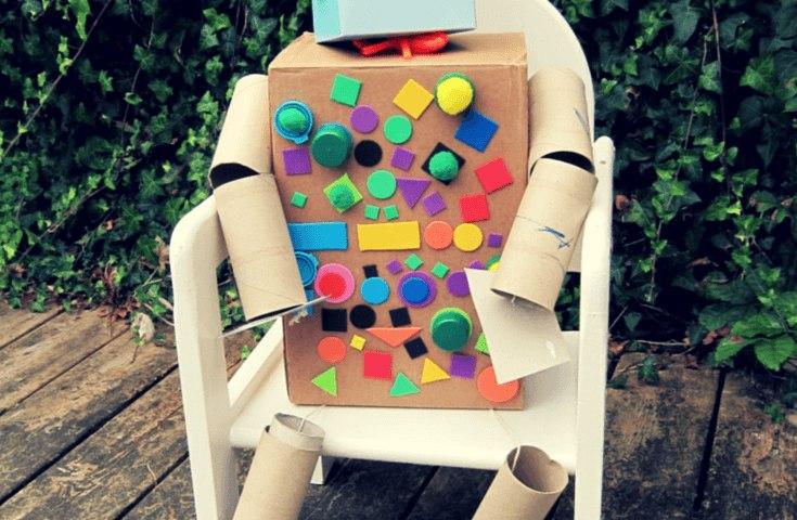 Junk robot Pin