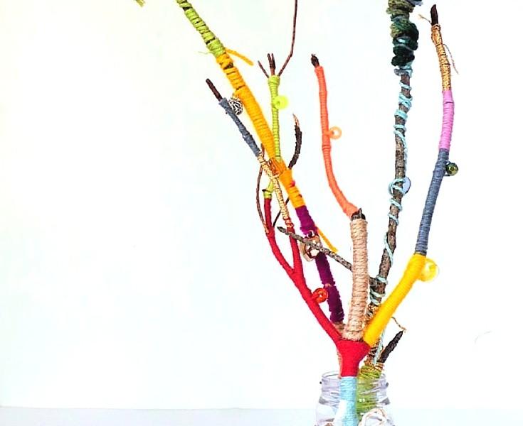 Easy yarn craft wrapped sticks